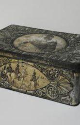 Коробка кондитерская с сюжетами в память об Отечественной войне 1812 г.