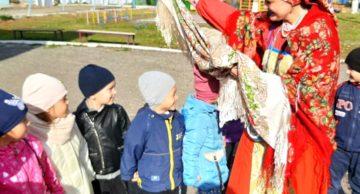Сотрудник Музея И.Н. Ульянова провел в детском саду № 130 игровое мероприятие «Вера, Надежда, Любовь — осенние именины».