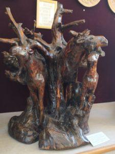 В Музее народного творчества экспонируется много уникальных деревянных скульптур, сделанных руками пензенских мастеров, в том числе скульптура Р.Ф. Кочурина «Лесные великаны»