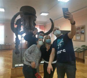 Сотрудники Мост Радио, радиостанции, которую многие слушатели считают не только лучшей в Пензе, но и, пожалуй, лучшей в России, присоединились к неделе музейного селфи