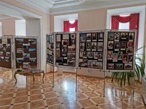 В Законодательном собрании Пензенский области работала выставка «Во славу земли Пензенской», посвящённая 82-летию образования нашей области