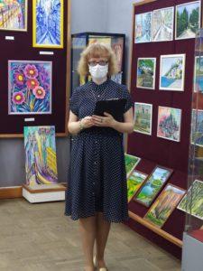В Музее народного творчества открылась персональная выставка вышитых картин Марии Евгеньевны Захаровой «Как прекрасен этот мир»
