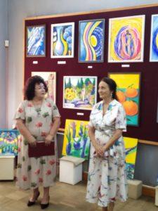 В Музее народного творчества открылась первая персональная выставка самодеятельной художницы Метелкиной Марины Евгеньевны «Мелодия души в живописных полотнах»