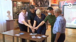 В Пензе прошло гашение марки, посвященной 100-летию со дня спуска на воду барка «Седов»