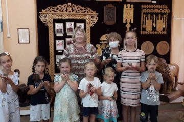 В Музее народного творчества прошел мастер-класс по лепке глиняной игрушки