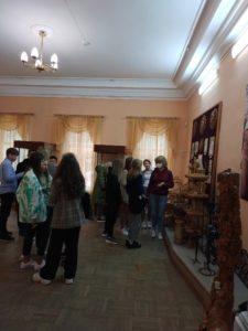 Музей народного творчества посетила группа учащихся школы «Академия Ростум»