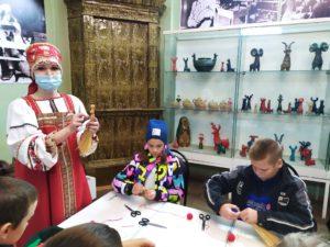 Музей народного творчества посетили туристические группы школьников из г. Самара
