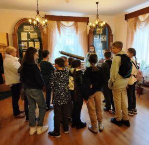 18 сентября проводилась экскурсии для учеников 1 гимназии