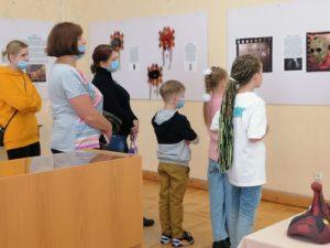 До конца сентября у вас ещё есть время посетить уникальный арт-проект «БЕЗ ЛИЦА»