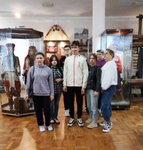 17 сентября в музее И.Н. Ульянова проводилась экскурсия для учеников 8 «А» класса школы №59