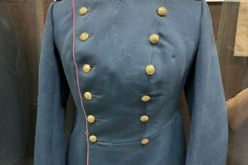 В музей русской армии приобретен новый уникальный экспонат — мундир поручика пехотного полка (первого полка в дивизии) образца 1907 г.
