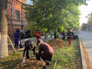 9 октября 2021 года сотрудники Пензенского краеведческого музея приняли участие в общегородском субботнике